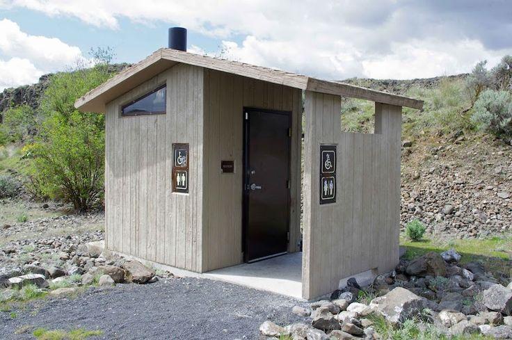 Строительство туалета на даче своими руками, чертежи, размеры