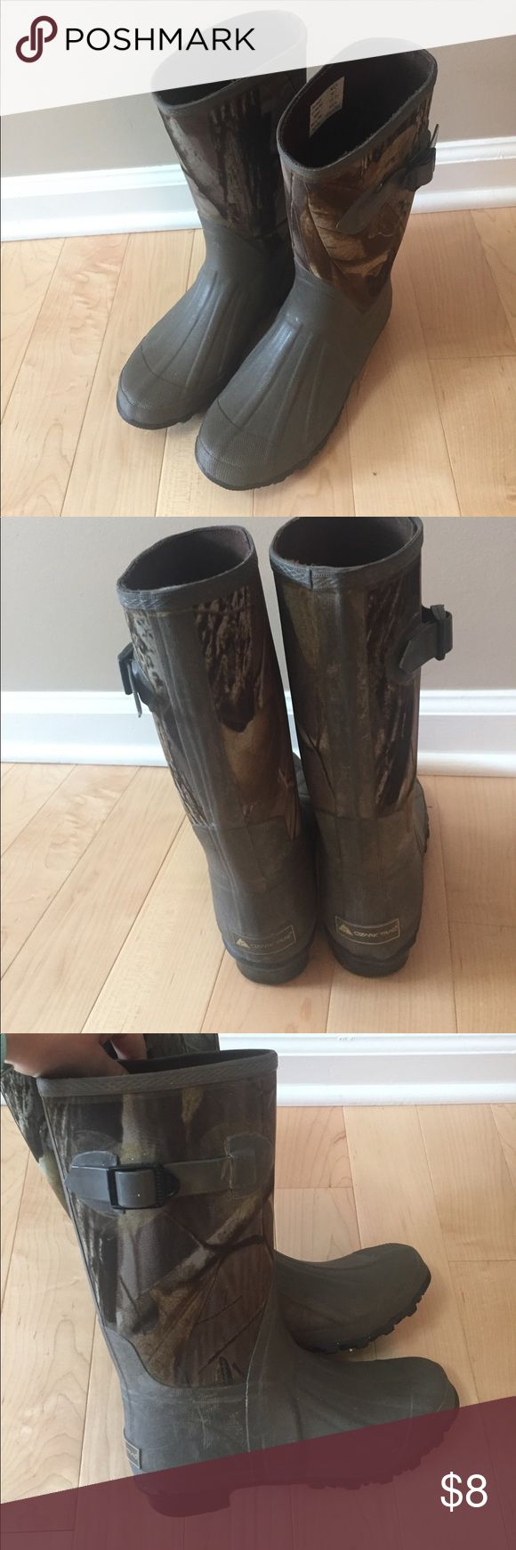 Camo Rain/Mud boots Camo rain/mud boots. Tag says size 5 but fits more  like a 7.5 Shoes Winter & Rain Boots