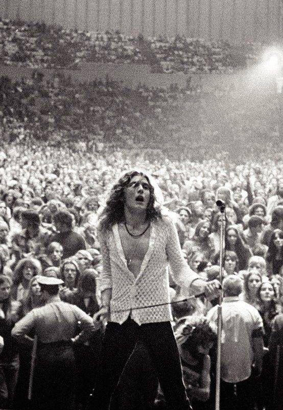 Robert Plant, Led Zeppelin                                                                                                                                                                                 Mais