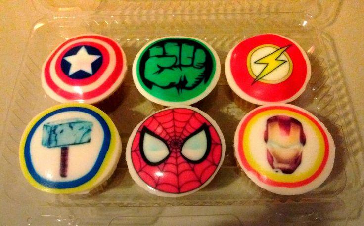 Cupcakes muy heroicos!!! Disfruta de estos deliciosos Cupcakes acompañados de tu súper héroe!!!