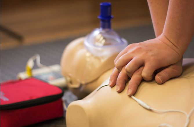 Coast2Coast First Aid and Aquatics Inc. is the best training school for First Aid and CPR training in Mississauga & the GTA. Their facilities offer the very latest, most up-to-date equipment and First Aid training supplies.  #FirstAid #CPRTaining