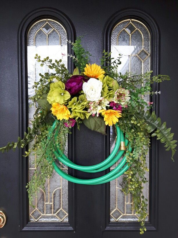 Best 25+ Garden hose wreath ideas on Pinterest