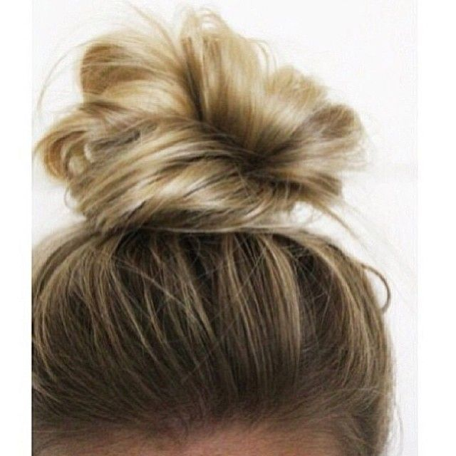 This seems achievable on a Monday morning. Top knot for the win. #sleepyhair