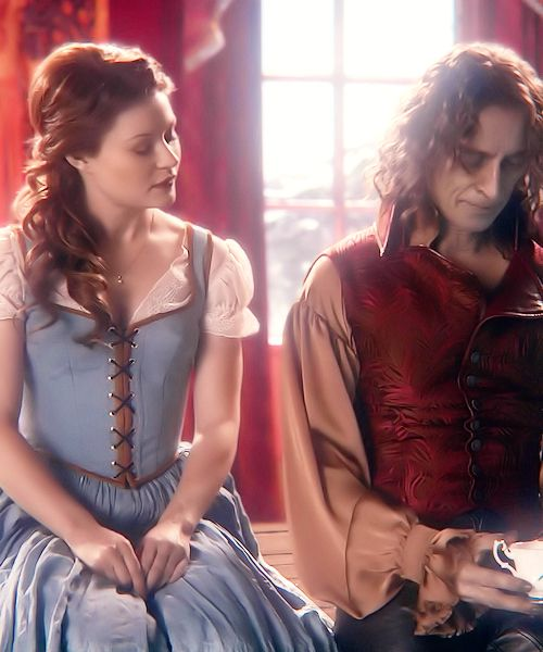 I'll just throw a little more Rumbelle your way. Imagine that. :P