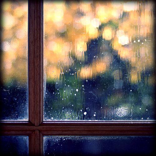 272 best umbrella 39 s rain images on pinterest rain days umbrellas and rainy days. Black Bedroom Furniture Sets. Home Design Ideas