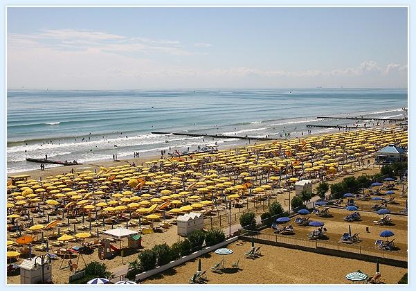 the beach..la spiaggia dell'Hotel Torino a Jesolo
