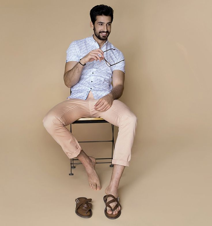 Buy 3500 BCE luxury shirts for men online at Andamen at the best price. Andamen is the leading online portal for premium branded shirts for men in India. Free shipping and 60 days free returns