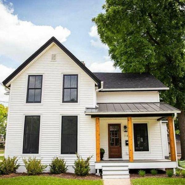 35 Stunning Farmhouse Exterior Design Ideas In 2020 Modern Farmhouse Exterior White Exterior Houses White Farmhouse Exterior