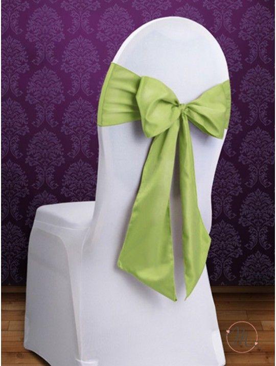 Fiocco per Sedia Satin Verde. Fiocco per sedia satin.  Per decorare le vostre sedie.  Misure: 2.75 mt x 15 cm. Ordine minimo 10 pezzi e multipli di 10. #allestimenti #matrimonio #ricevimentomatrimonio #nozze #weddingplanner #accessori #decori #tavoli #sedie #runner #fiocchi #wedding #weddingideas #ideasforwedding #fiocco #satin