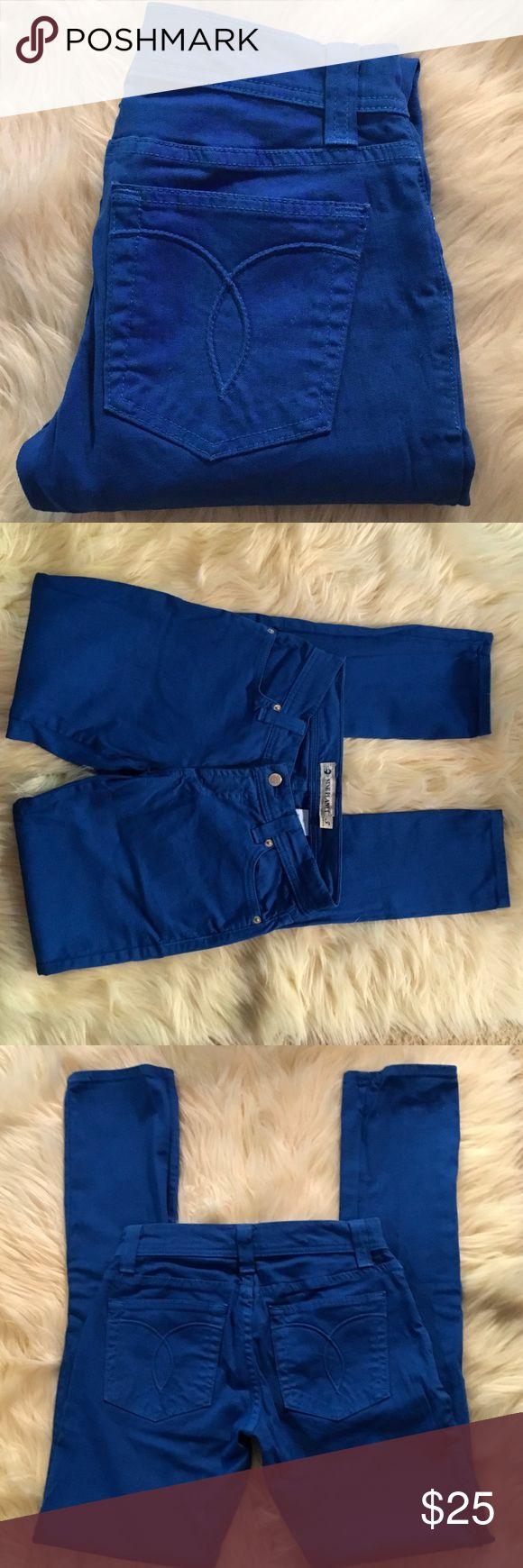"9 Planet Yale Blue Skinny Jeans Size 3 LIKE NEW 9 Planet Yale Blue Skinny Jeans. Like New. Inseam 32"", Rise 7"" Size 3 9 Planet Jeans Skinny"
