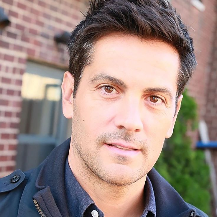Michael Landes - Handsome