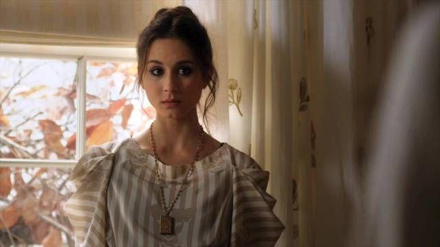 Pretty-little-liars-1x16-je-suis-une-amie-spencer-hastings-cap_mid