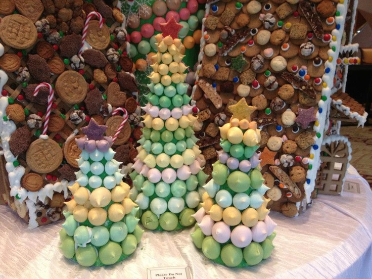 Five Star Holiday Decor Part - 38: Mini Macaron Trees At @Regent Singapore Make The Most Delightfully Dainty Holiday  Decor. Did · Luxury ...