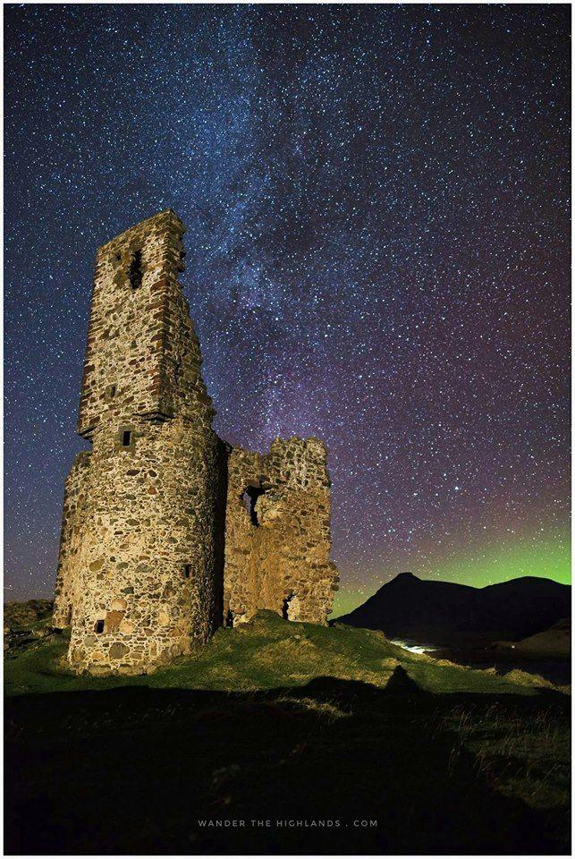 Ardvreck Castle Aurora in Sutherland, Scotland