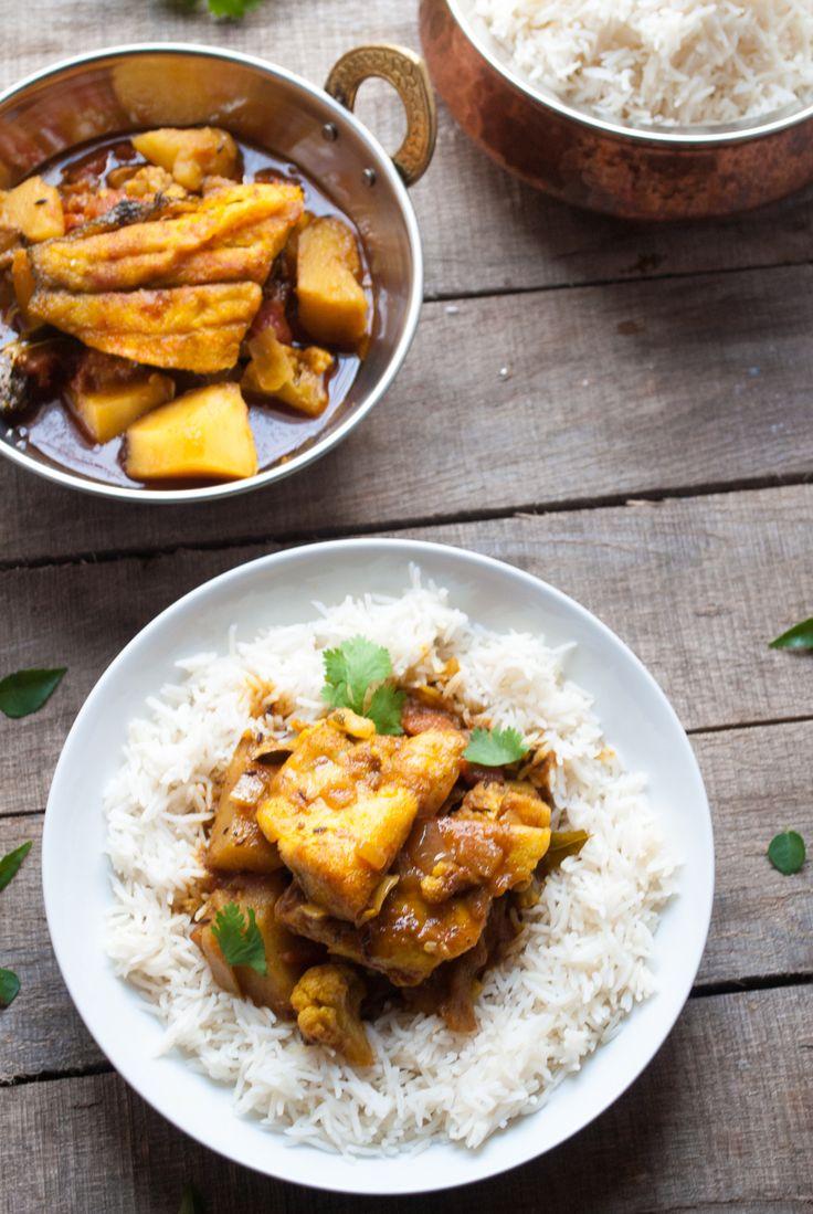 Bhetki Curry, Bengali Sea Bass Curry using #Sustainable Fish   whitbitskitchen.com
