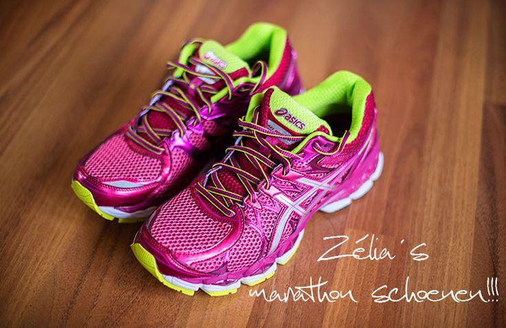 Het lopen van een halve marathon in eindhoven tijdens een training op dezelfde route als de echte halve marathon.