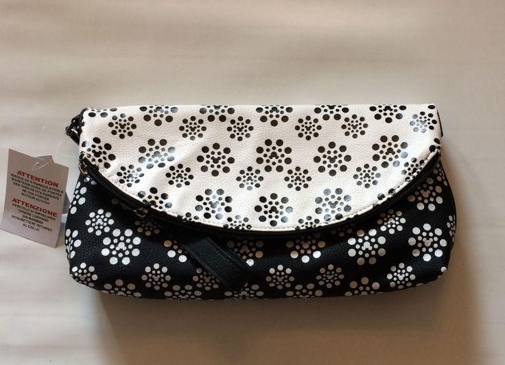 Bnwt Disney Parks Mickey Icon Polka Dot Blossoms Ladies Wristlet Clutch Bag