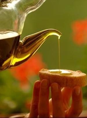 Olio di Qualità  #news #oil #oliveoil #olive #italia #italy #qualità  http://www.itisfood.it/web/news.aspx