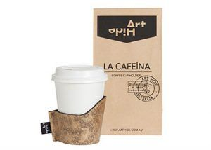 LA CAFEINA - LEOPARDO GOLD Coffee lovers everywhere will love Art Hide's new Cafeína cowhide coffee cup holders. Designed for take away coffee, the Cafeína not only looks super stylish, but also keeps coffee warmer for longer and ensures you don't burn your hands! The Cafeína is available in a range of gorgeous Art Hide signature leathers and comes packaged in a rustic coffee bean style paper bag