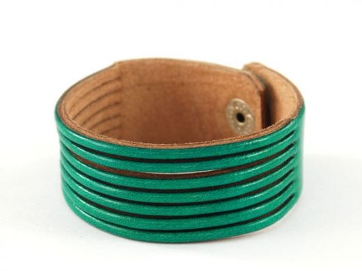 Leather bracelet http://www.etnobazar.pl/search/ca:bizuteria-i-dodatki?limit=128