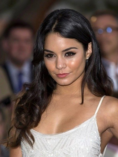 Vanessa+Hudgens+Long+Curls - Click image to find more Hair & Beauty Pinterest pins