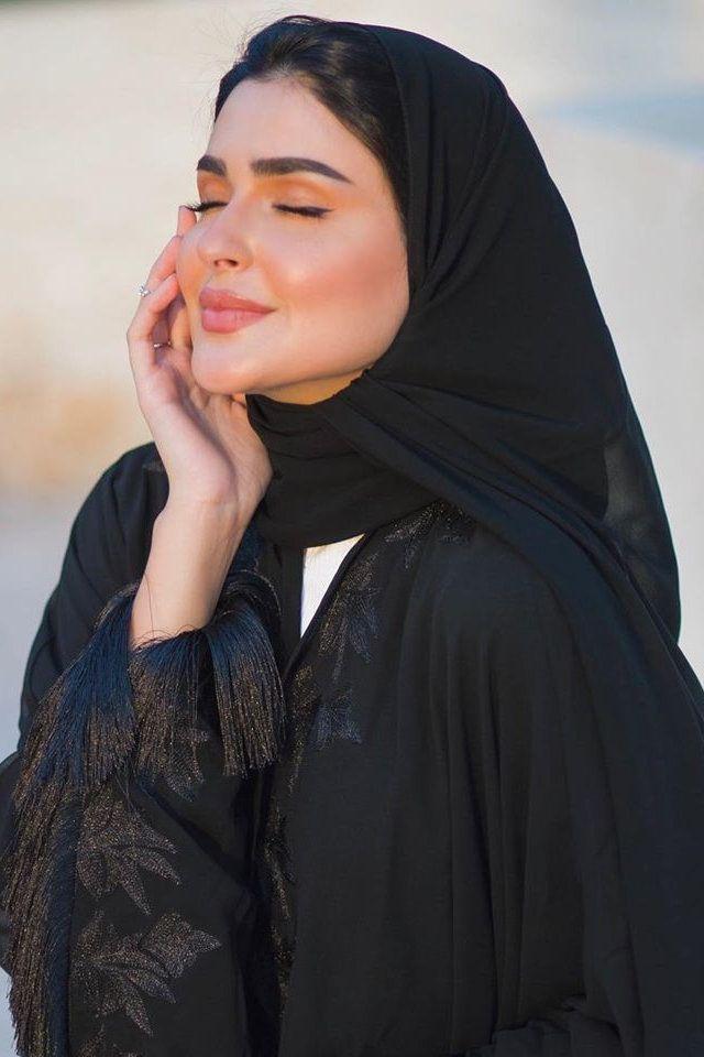 أجمل لفات طرح مناسبة للوجه الدائري Fashion Head Scarf Hijab