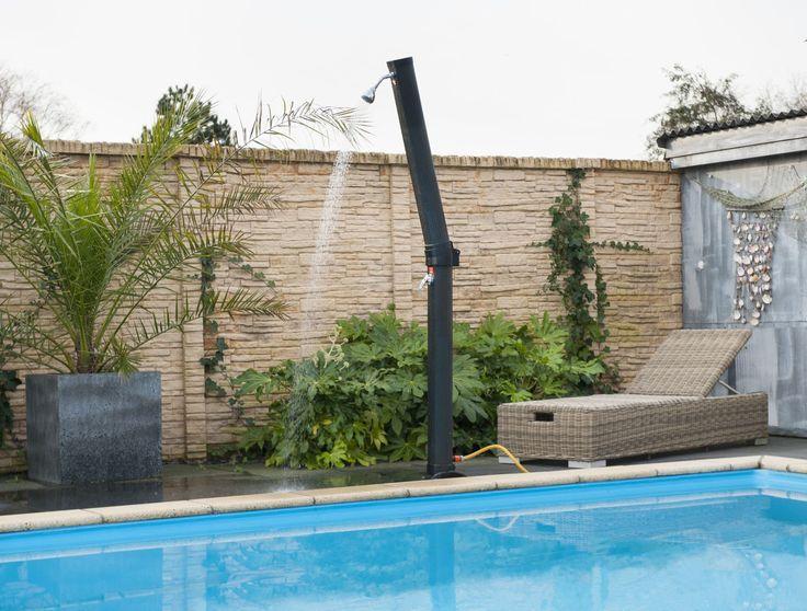 Une douche solaire dans votre jardin ! | Manubricole.com