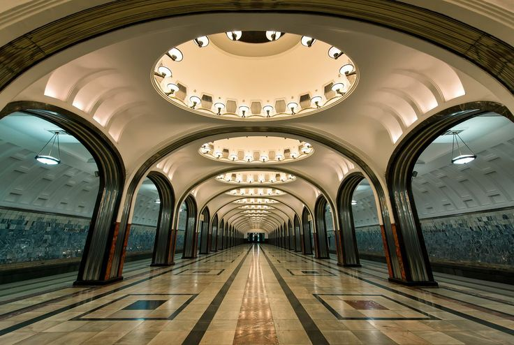 The art deco columns of Mayakovskaya, a station on the Moscow Metro  - http://earth66.com/room/art-deco-columns-mayakovskaya-station-moscow-metro/