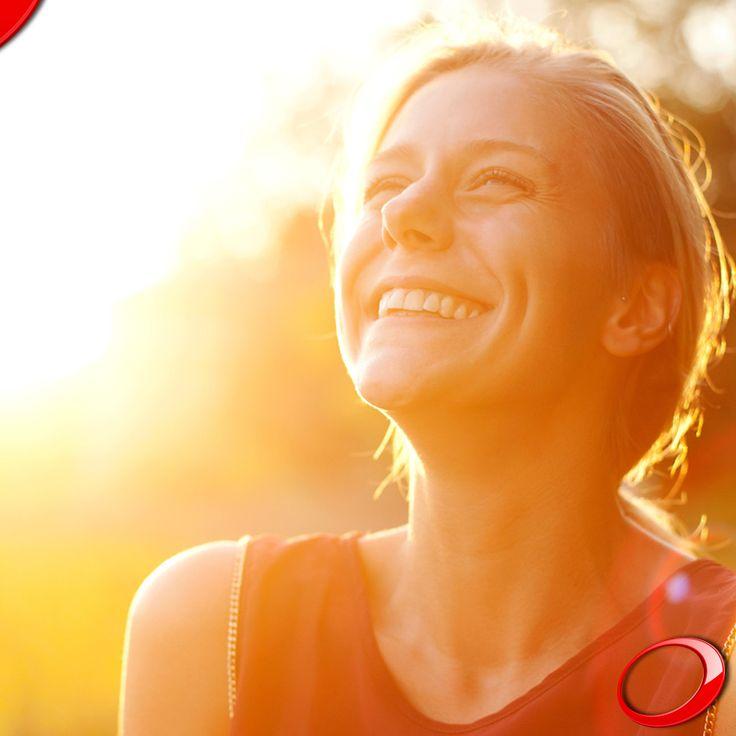 Hoy es lunes, pero no te desanimes. ¡Usa el poder de tu Sonrisa para derrotar el mal humor y la rutina! : ) ........................................................................................ Concierta YA tu consulta SIN NINGÚN COMPROMISO: >http://www.pnid.es/landing.html http://www.pnid.es/