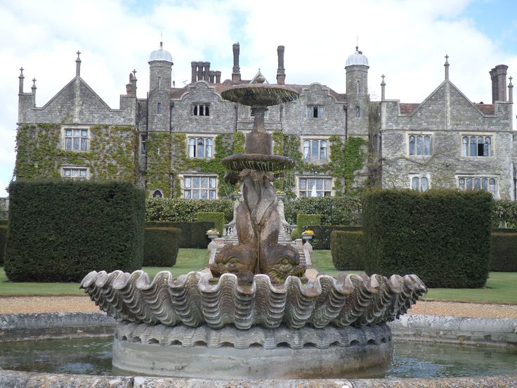 Eastwell Manor Fountain, by Chloe