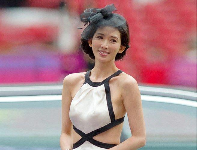 bikini lin chi ling