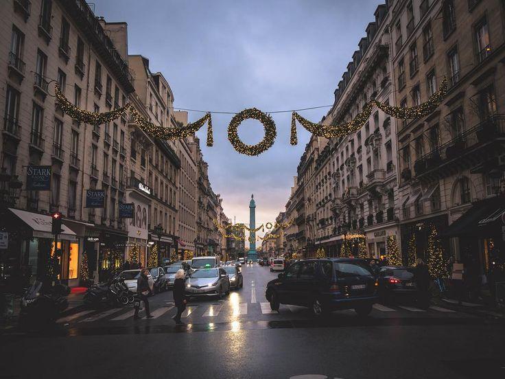 #topeuropephoto #topparisphoto #topfrancephoto #gf_france #pariscartepostale #IgersParis #francevacations #parisjetaime #parismaville #igersfrance #ig_paris #pariscityvision #sky #super_france #visitlafrance #LOVES_FRANCE_ #paris #Geo_plc #paris #hello_france #france4dreams #pariscartepostale #hello_worldpics #architecture #winter #MonHiveràParisRegion #parisstreet #christmasdecor #xmaslights