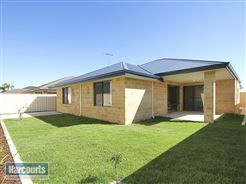 Large #backyard #familyhome To view more of this property check out www.RegalGateway.com