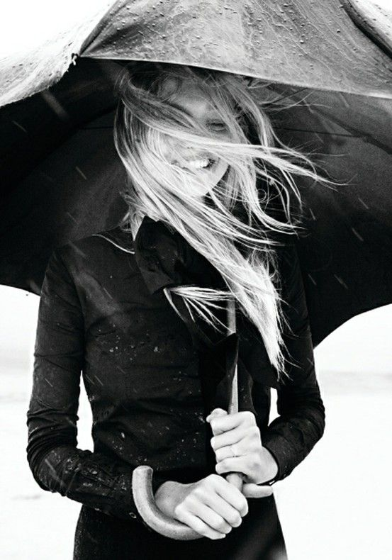 Rainy Day #blackandwhite #chic #happy #fashion #outfit #umbrella #onthego #coat #clothes #style: