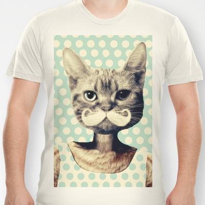 Kitten T-shirt by Zumzzet