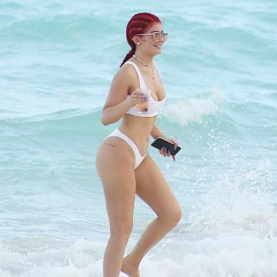 Hot: Kylie Jenner Shows Off Her Killer Curves in White Hot Bikini