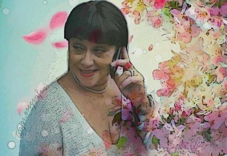 """11 Me gusta, 2 comentarios - Fans Angélica Aragón (@ojos_aragonfans) en Instagram: """"Les deseo un bonito día   #AngélicaAragón #Art #Edit #Flower #Edición"""""""