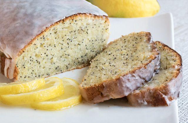 Plumcake+al+limone+con+semi+di+papavero