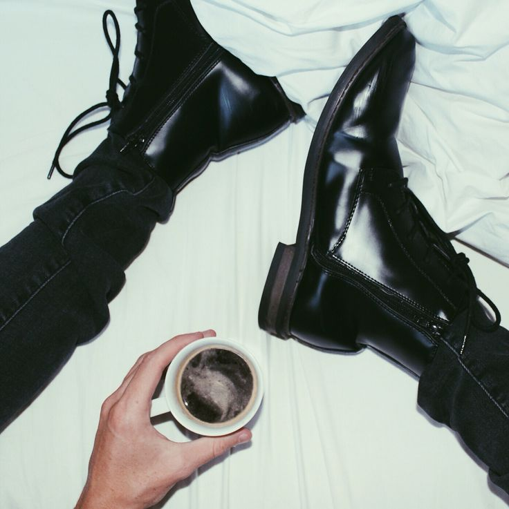 boots n bed