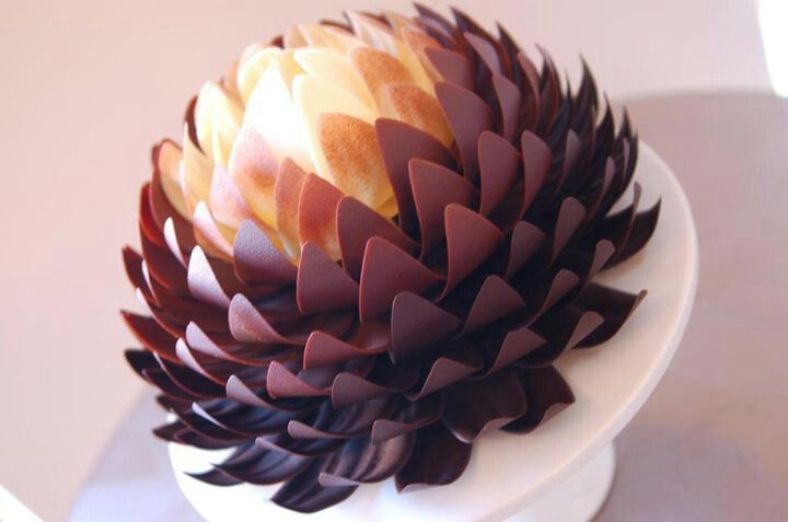 Dark milk white chocolate flower