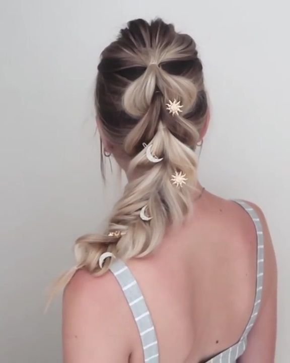 Bridal Hair Get inspired with 80+ amazing bridal hairstyle ideas for your wedding day. // mysweetengagement.com //