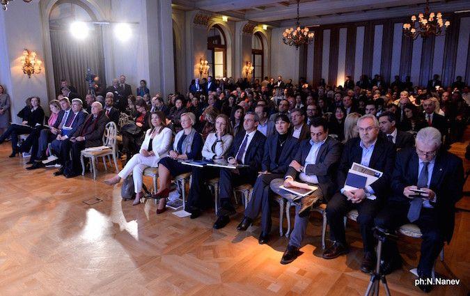 """Η Υπουργός Τουρισμού κα Έλενα Κουντουρά εκπροσώπησε την κυβέρνηση στην τελετή απονομής του τίτλου """"European Region of Gastronomy 2019""""στην Περιφέρεια Ν. Αιγαίου"""