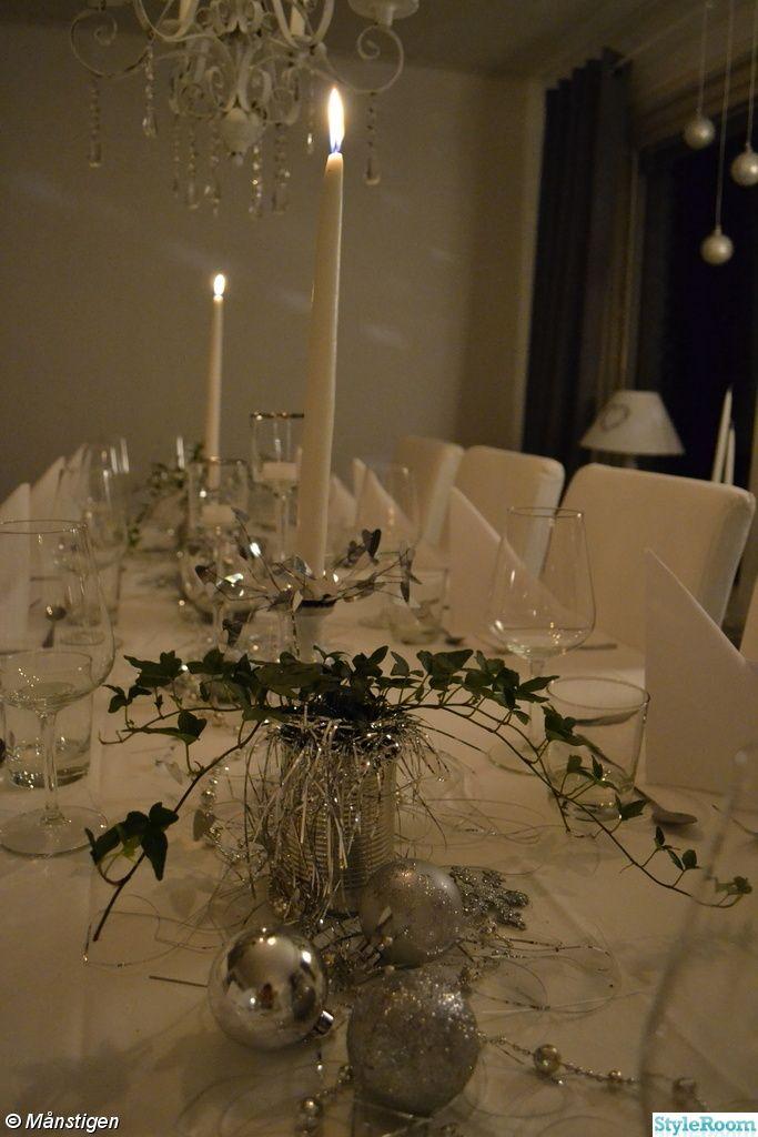 nyårsdukning,nyårsblommor,nyårsdukning i vitt,silver