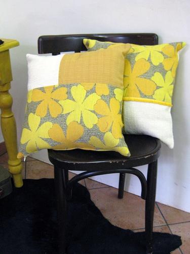 Cuscini realizzati con stoffe di recupero #pillow