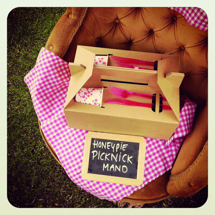 In the summer you can order our Picknick basket to go. Full of home bakes products! www.honeypie.eu