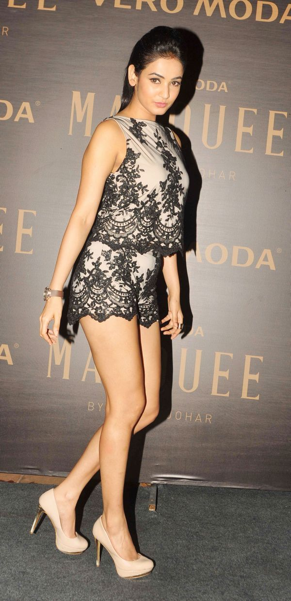 Sonal Chauhan in a lace number at Karan Johar's new collection launch. #Bollywood #Fashion #Style #Beauty