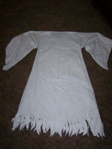 easy ghost/angel/spooky bride costume from white fabric or a sheet