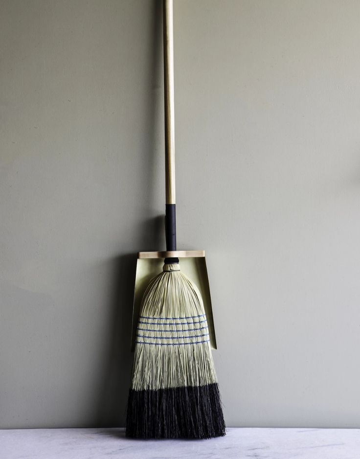 Hans Dust Pan Lostine Simple Storage Dust Pan Broom Handle