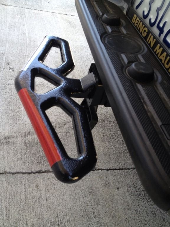 1/2 step/ half toe rope hitch http://www.carid.com/universal-trailer-hitches/smittybilt-trailer-hitch-accessory-11017616.html