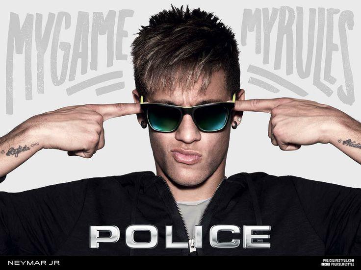 Neymar wearing the S1936 model 7VHV